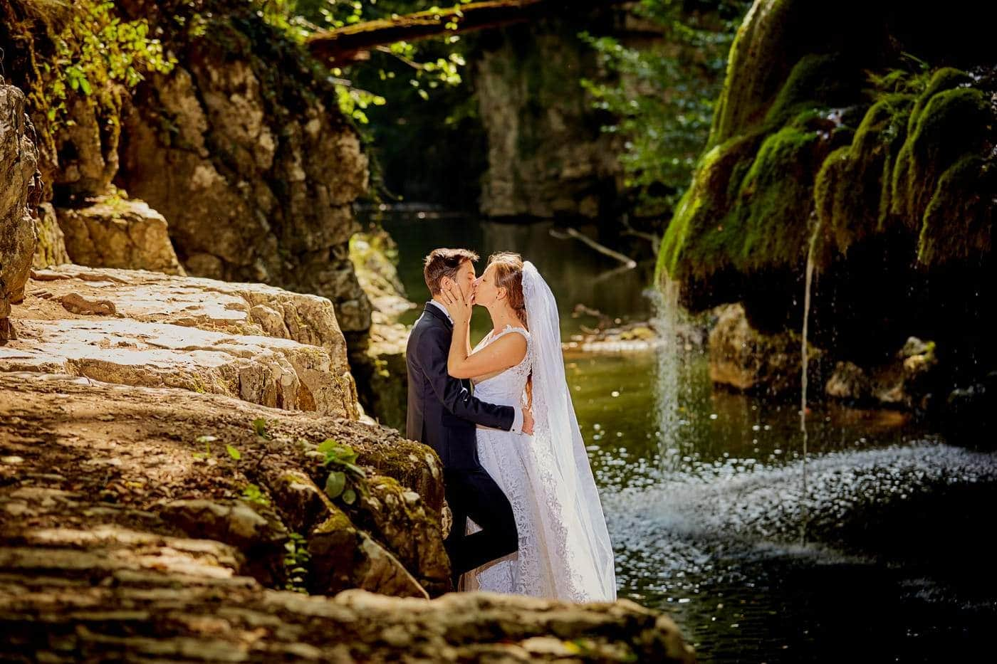 Trash The Dress Cascada Bigar (15)