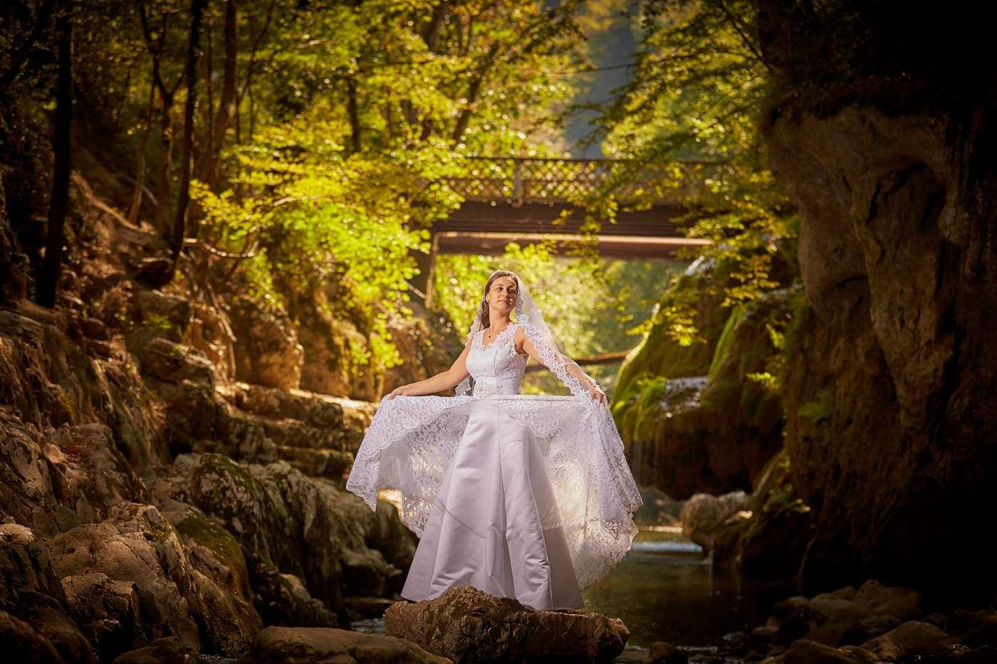 Trash The Dress Cascada Bigar (9)