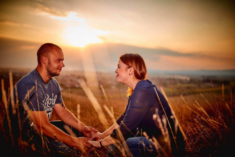 Fotografii Inainte De Ziua Nuntii La Apusul Soarelui Langa Brasov (37)