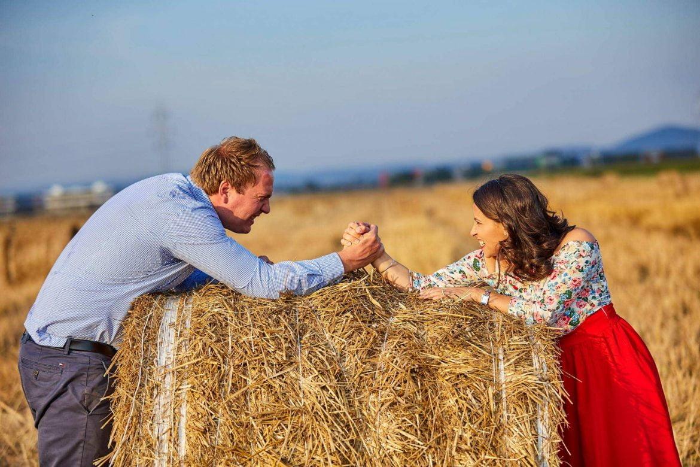Sedinta Foto De Cuplu Intre Balotii De Paie (43)