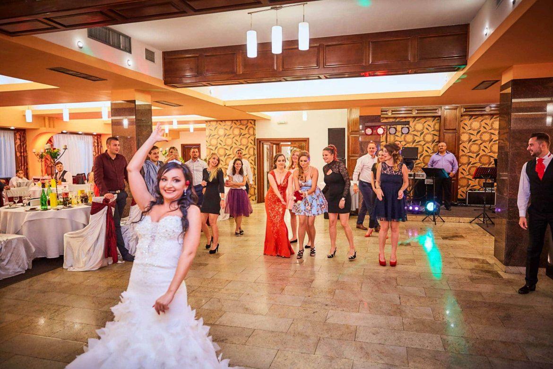 Nunta Restaurant Floarea Soarelui Brasov (100)