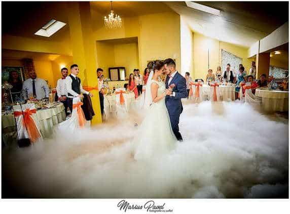 Fotografii nunta in aer liber Brasov