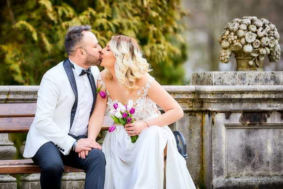 Fotografii dupa nunta din Brasov cu mirii