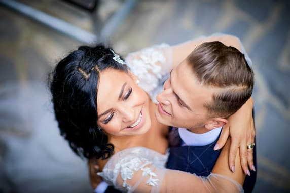 Fotografii dupa nunta in Brasov cu mirii