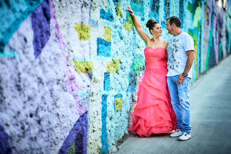 Trash the dress graffiti