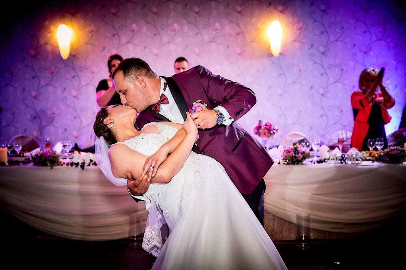 Cantece Dansul Mirilor La Nunta