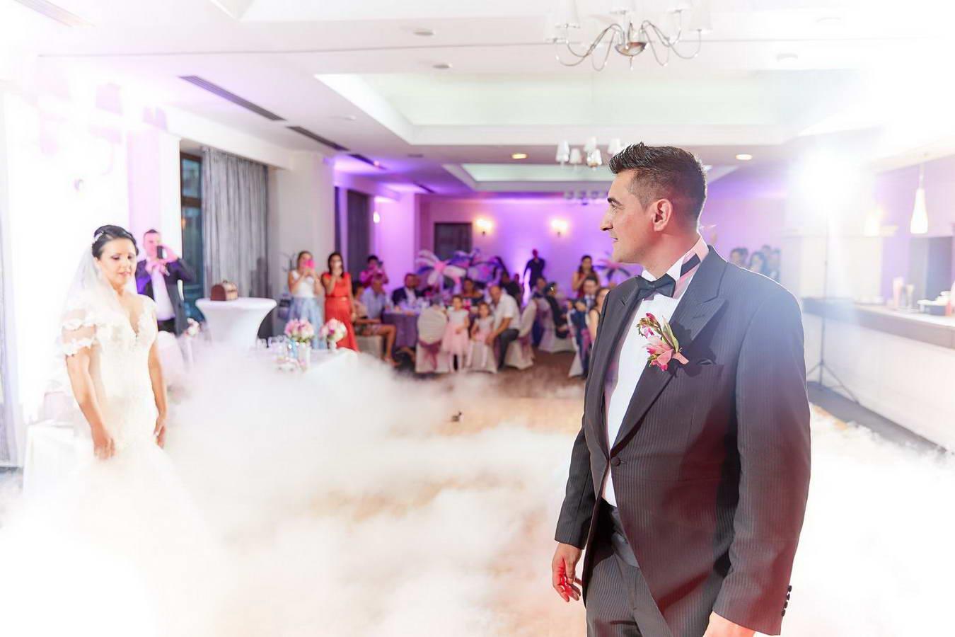 Muzica Coregrafie Dansul Mirilor In Ziua Nuntii