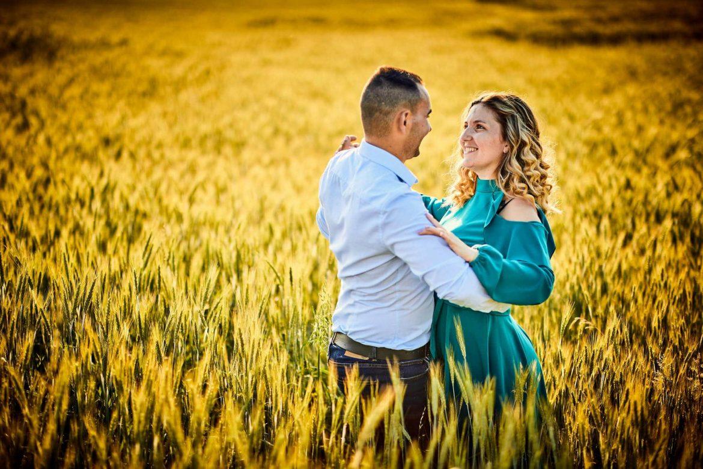 Fotografii De Cuplu In Lanul De Grau (1)