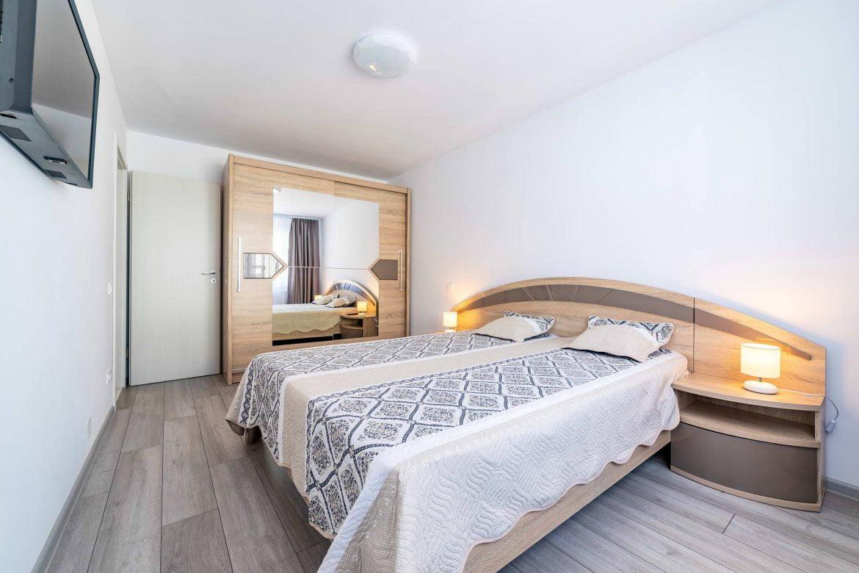 Fotografii Apartament Rasnov In Regim Hotelier (2)