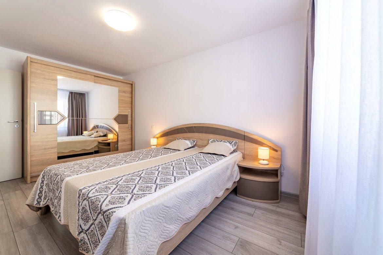 Fotografii Apartament Rasnov In Regim Hotelier (3)