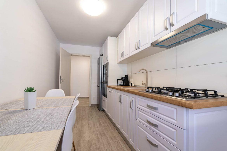 Fotografii Apartament Rasnov In Regim Hotelier (6)