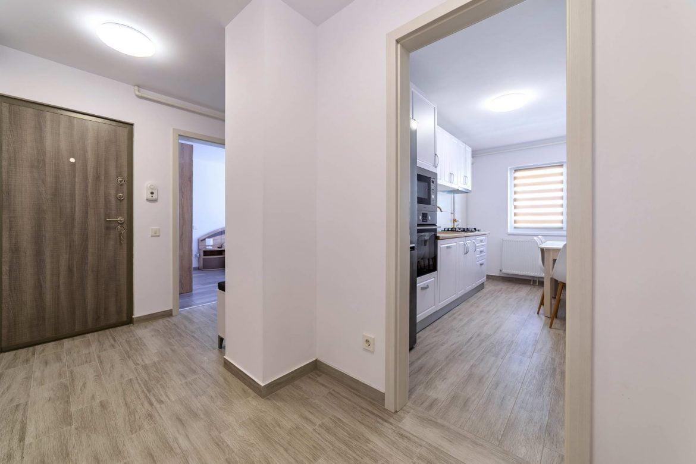 Fotografii Apartament Rasnov In Regim Hotelier (8)