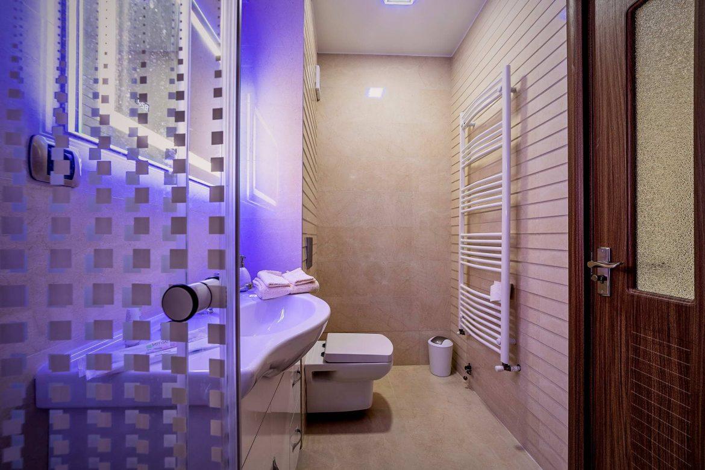 Fotografii Imobiliare Baie Apartament 2 Camere Isaran (3)