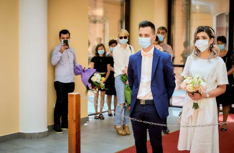 Ghidul Complet Pentru O Nunta Prietenoasa Cu Distantare Sociala In Timpul Pandemiei De Coronavirus Covid 19