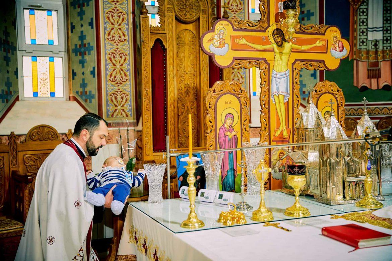 Fotografii Botez Biserica Ortodoxa Brasov (3)