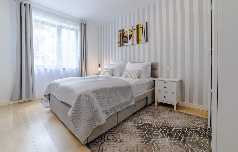 Fotografii Apartament De Inchiriat In Regim Hotelier In Brasov (1)