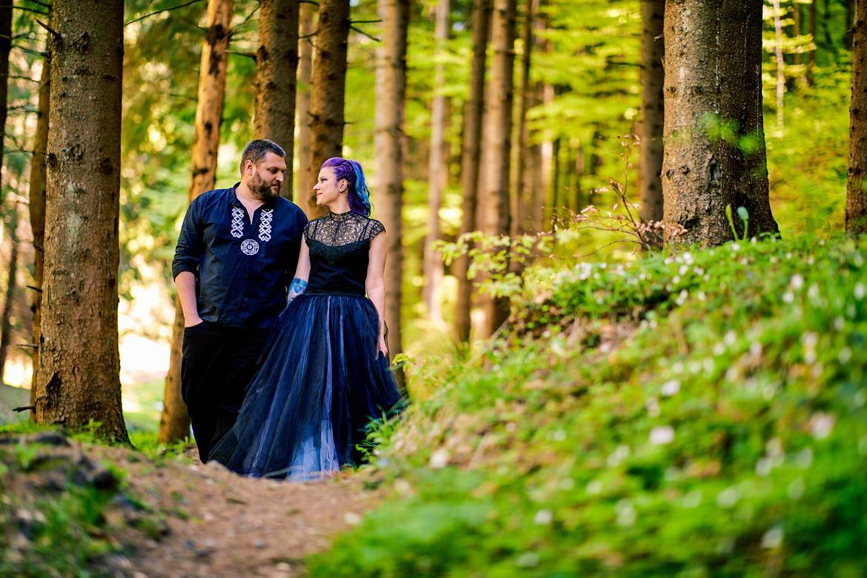 Sedinta Foto Cuplu La Cascada Urlatoarea De La Vama Buzaului (27)