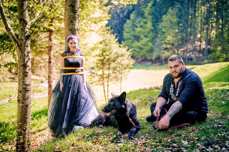Sedinta Foto Cuplu La Cascada Urlatoarea De La Vama Buzaului (29)
