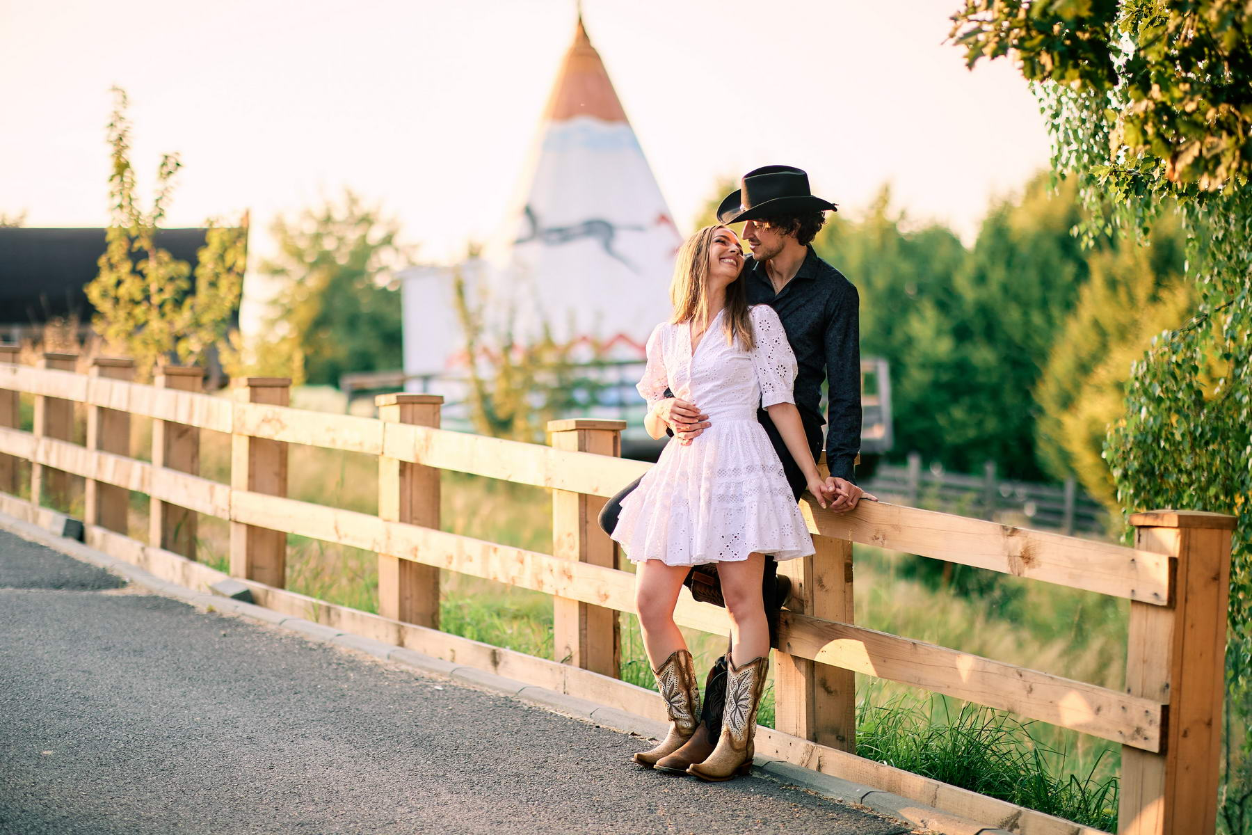 Western Save The Date Photoshoot (10)