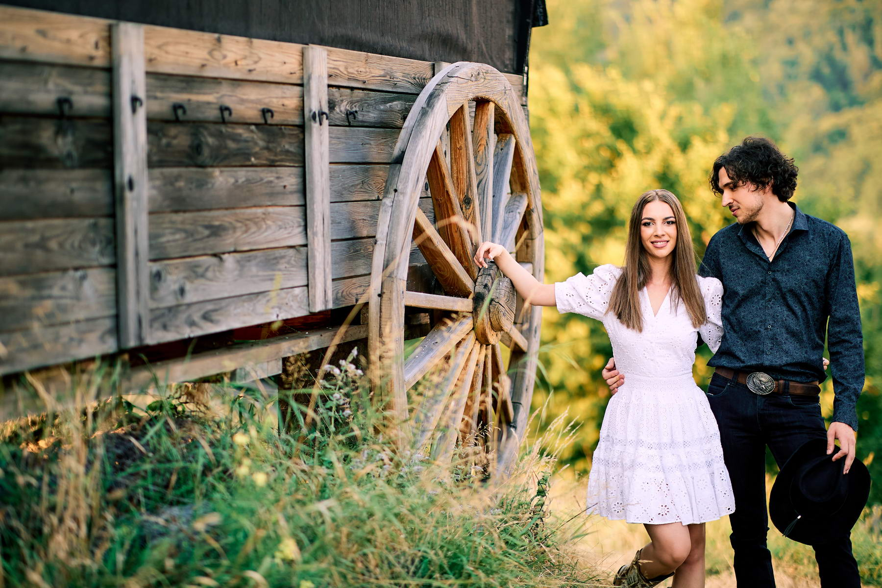 Western Save The Date Photoshoot (17)