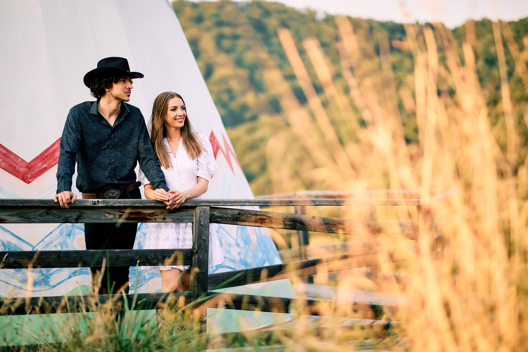 Western Save The Date Photoshoot (20)