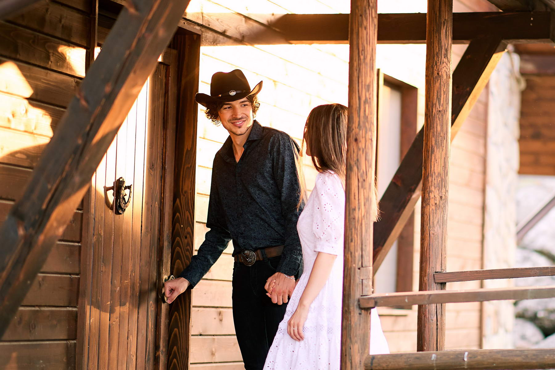 Western Save The Date Photoshoot (38)