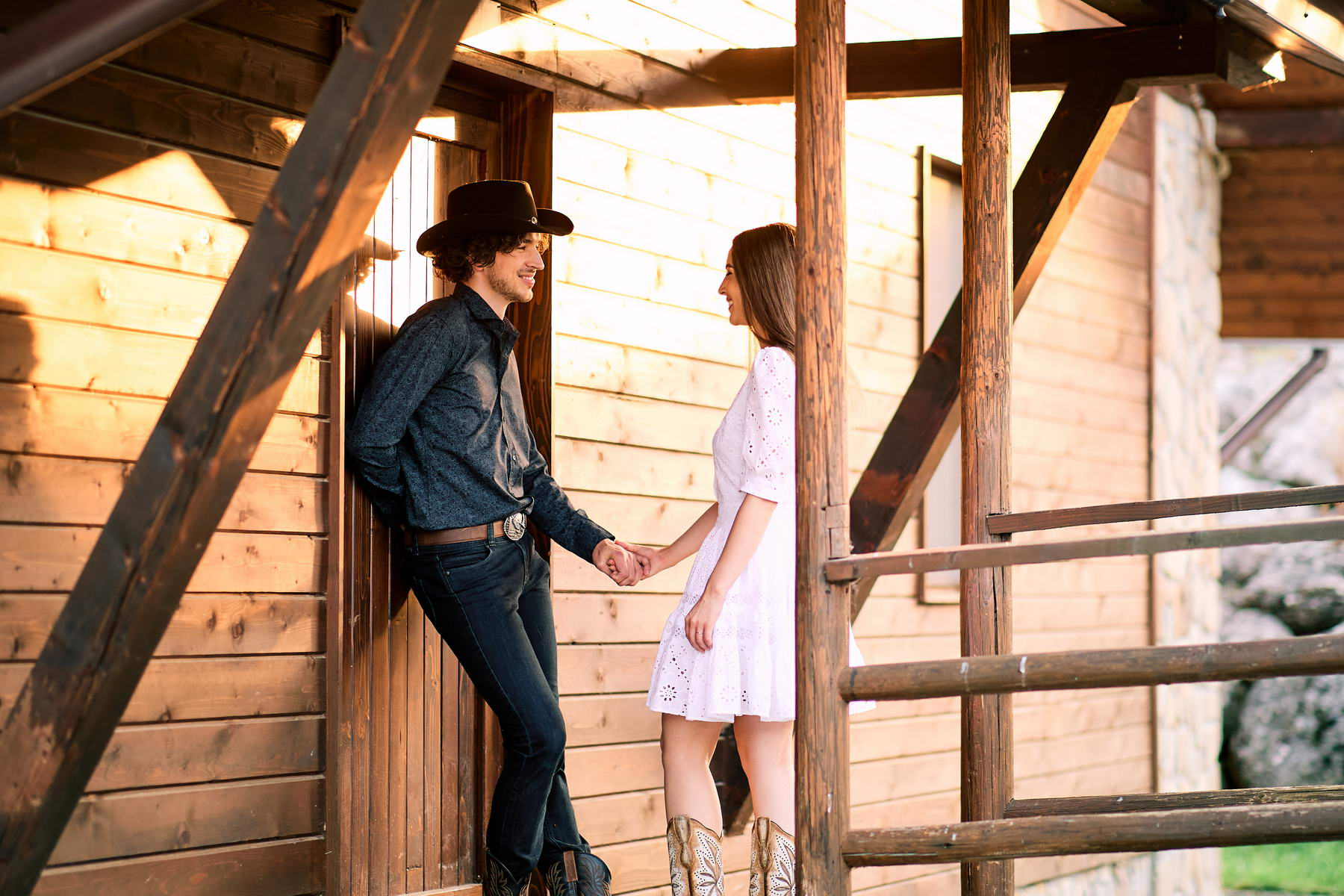 Western Save The Date Photoshoot (39)