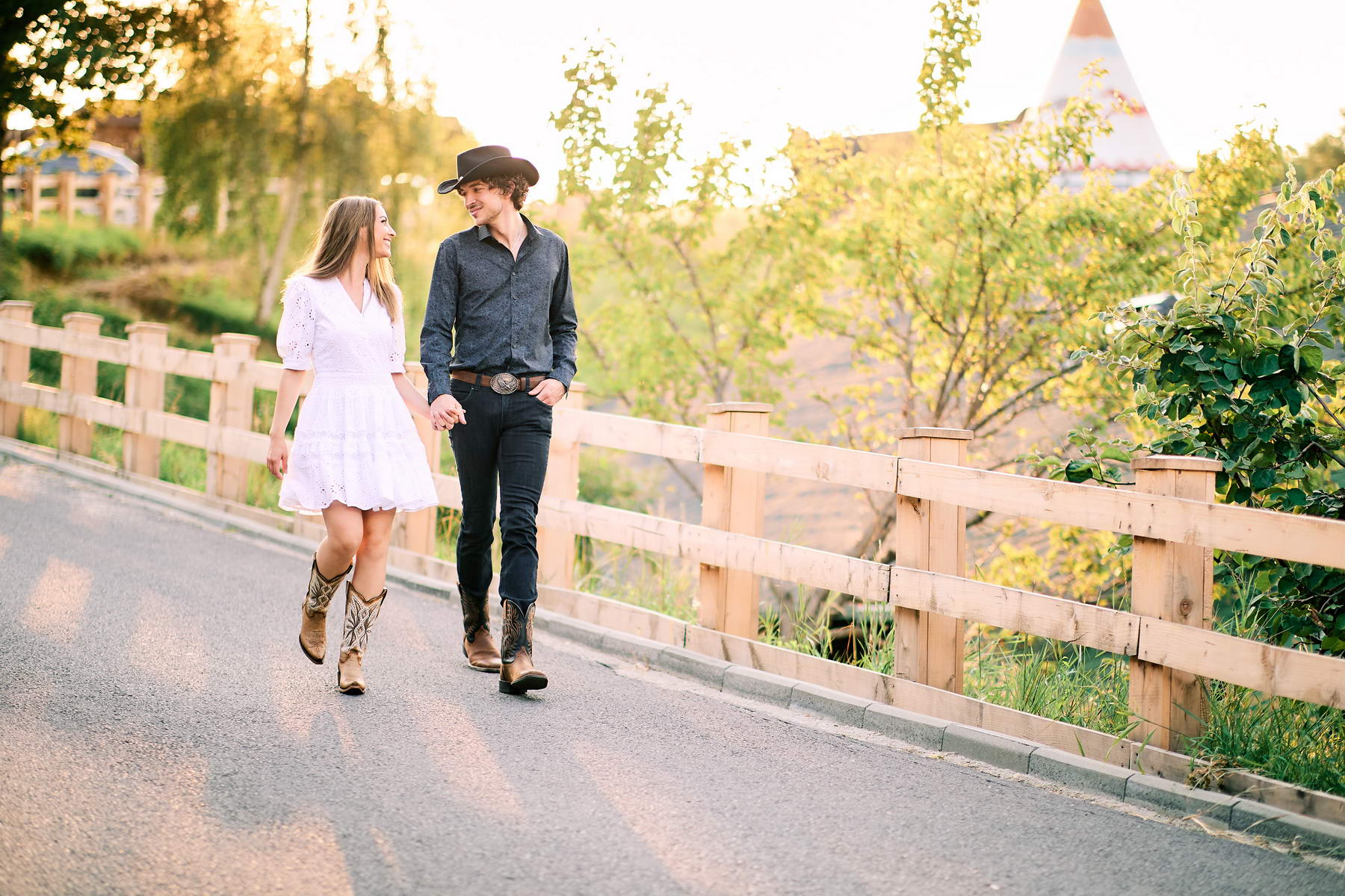 Western Save The Date Photoshoot (4)