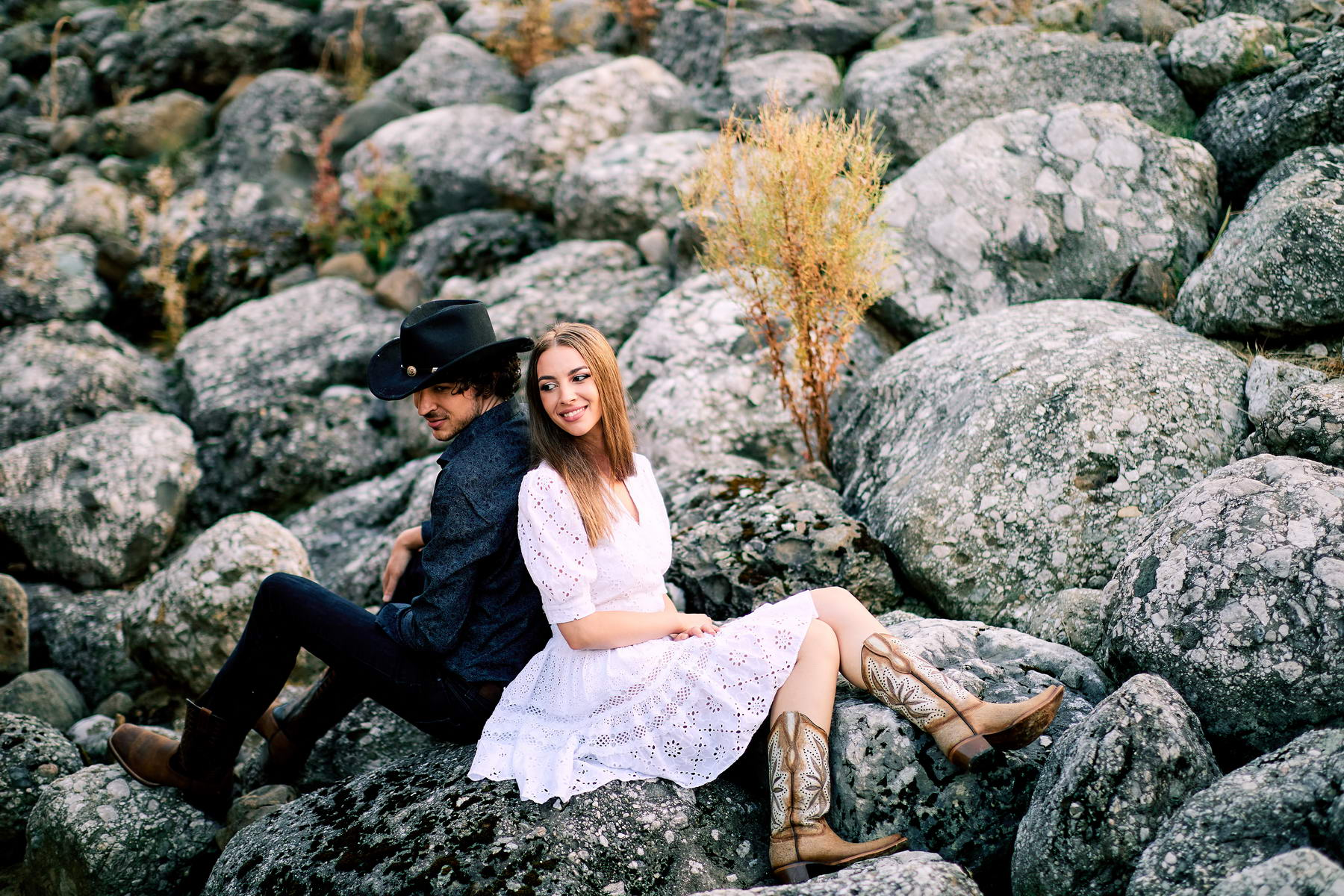 Western Save The Date Photoshoot (45)