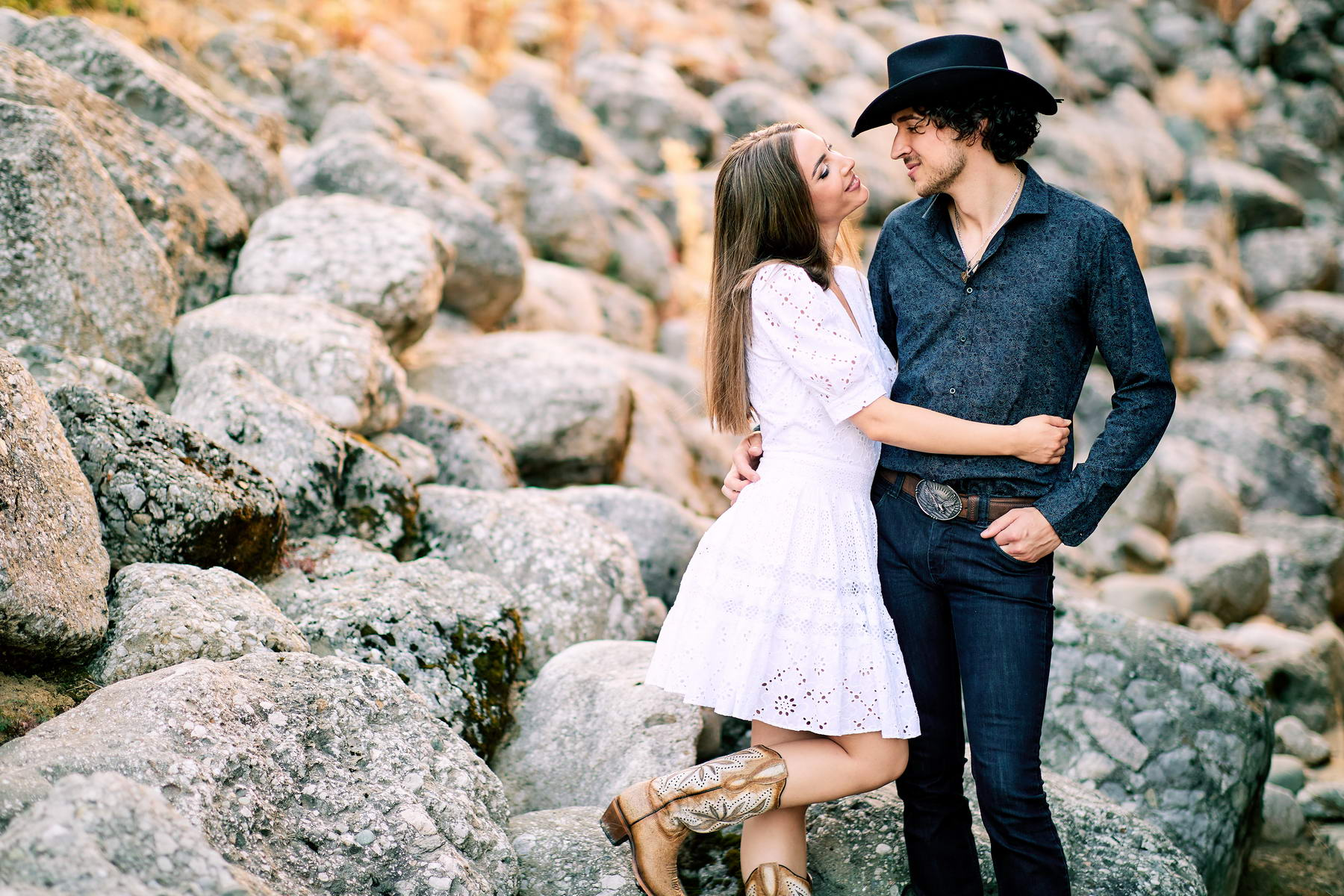 Western Save The Date Photoshoot (50)