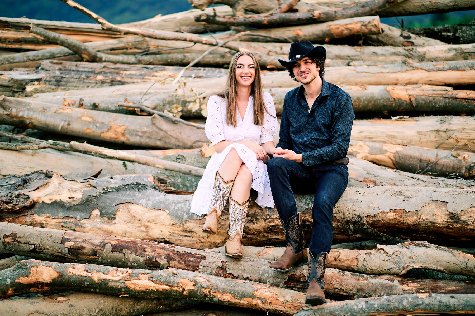 Western Save The Date Photoshoot (64)
