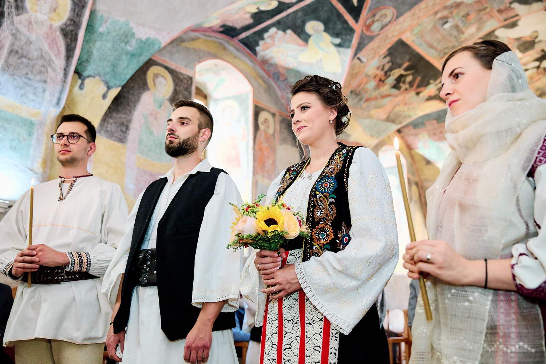 Logodna & Civila In Costume Traditionale (14)