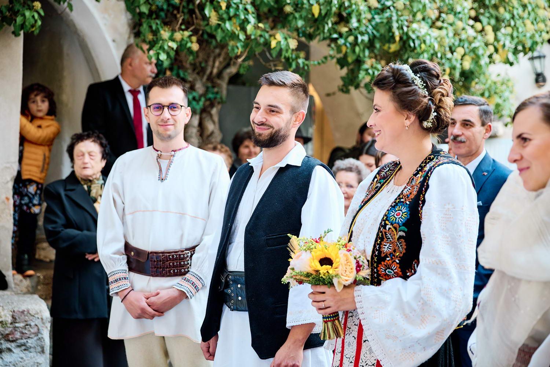Logodna & Civila In Costume Traditionale (27)