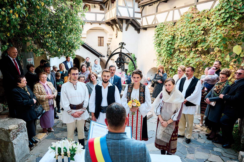 Logodna & Civila In Costume Traditionale (31)