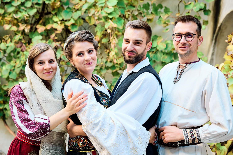 Logodna & Civila In Costume Traditionale (39)