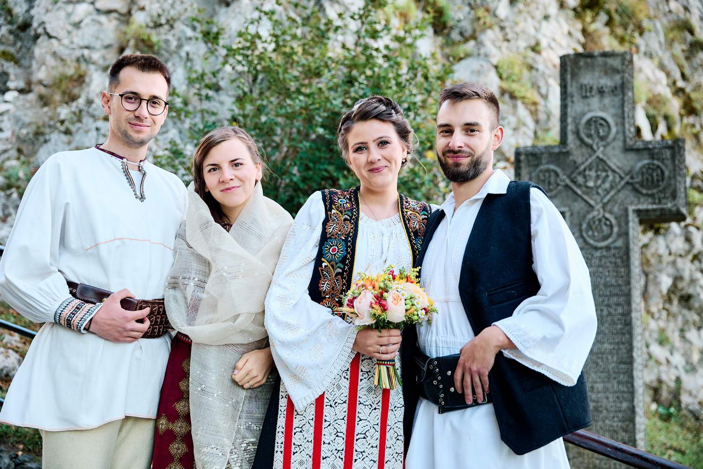 Logodna & Civila In Costume Traditionale (43)