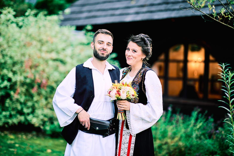 Logodna & Civila In Costume Traditionale (44)