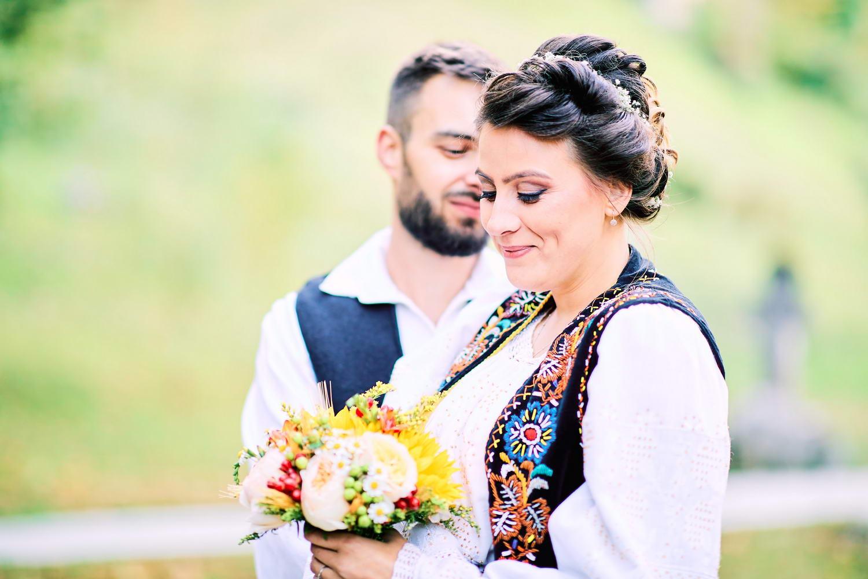 Logodna & Civila In Costume Traditionale (53)