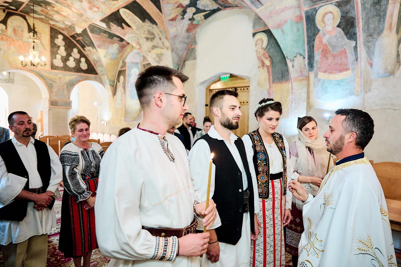 Logodna & Civila In Costume Traditionale (6)